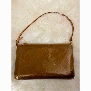 Louis Vuitton Vernis Lexington pochette Bronze